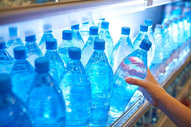 nước Kangen đóng chai trong siêu thị